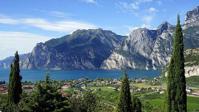 Garda-tó és környéke